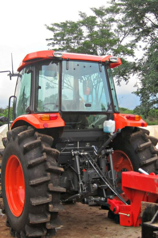 Tractor Kubota cab